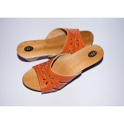 Women's Light Brown Leather With Wooden Sole Slippers