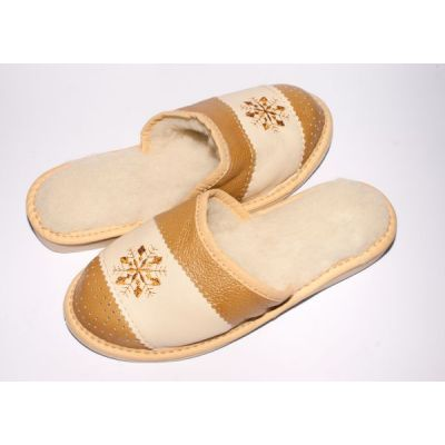 Women's Brown Leather Slippers Sheep's Wool with Snowflake