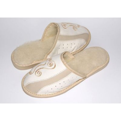 White Leather Women's Slippers With Sheep's Wool and Embroidery