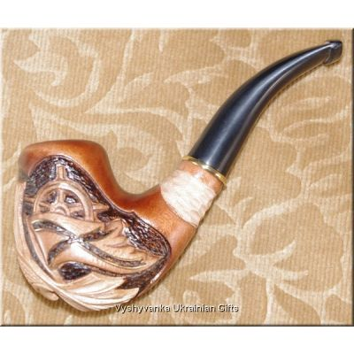 Tobacco Smoking Wooden Pipe - Wheel with a Flag