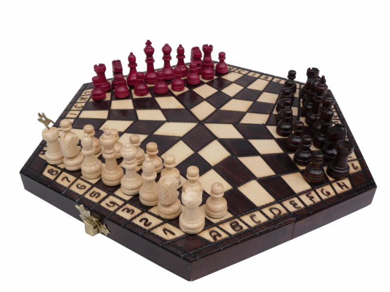 Wooden Small Chess Set For Three Players With Board Ch164